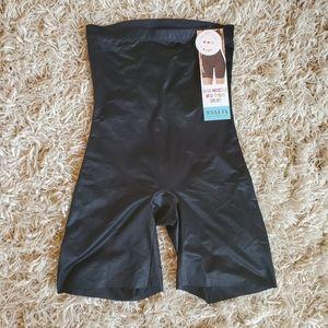 ASSETS High Rise Bike Short Control Garment